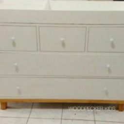 Agnete Changing Table